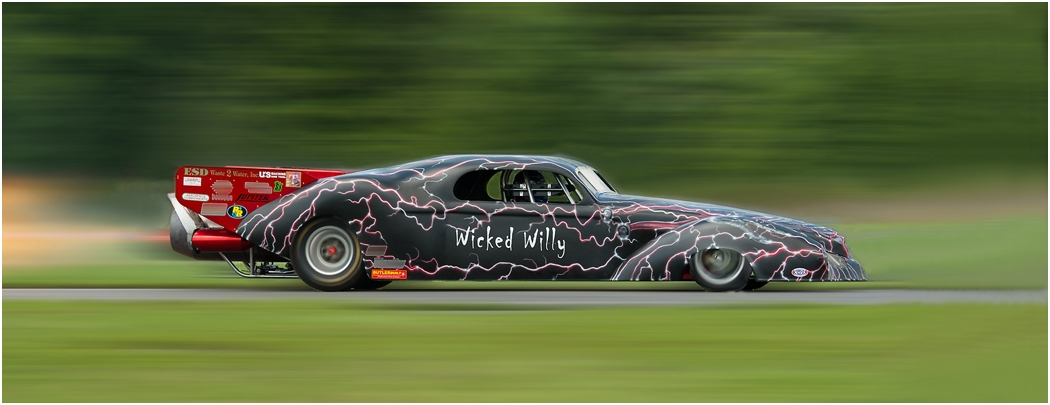 Image of the Month - Salon - Wicked Willy Flying by Ron Denk